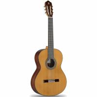 Классическая гитара Alhambra 5P 4/4